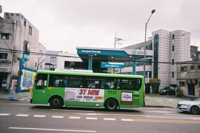 F2280011